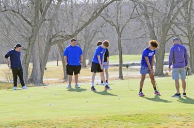 Blue Jay golfers