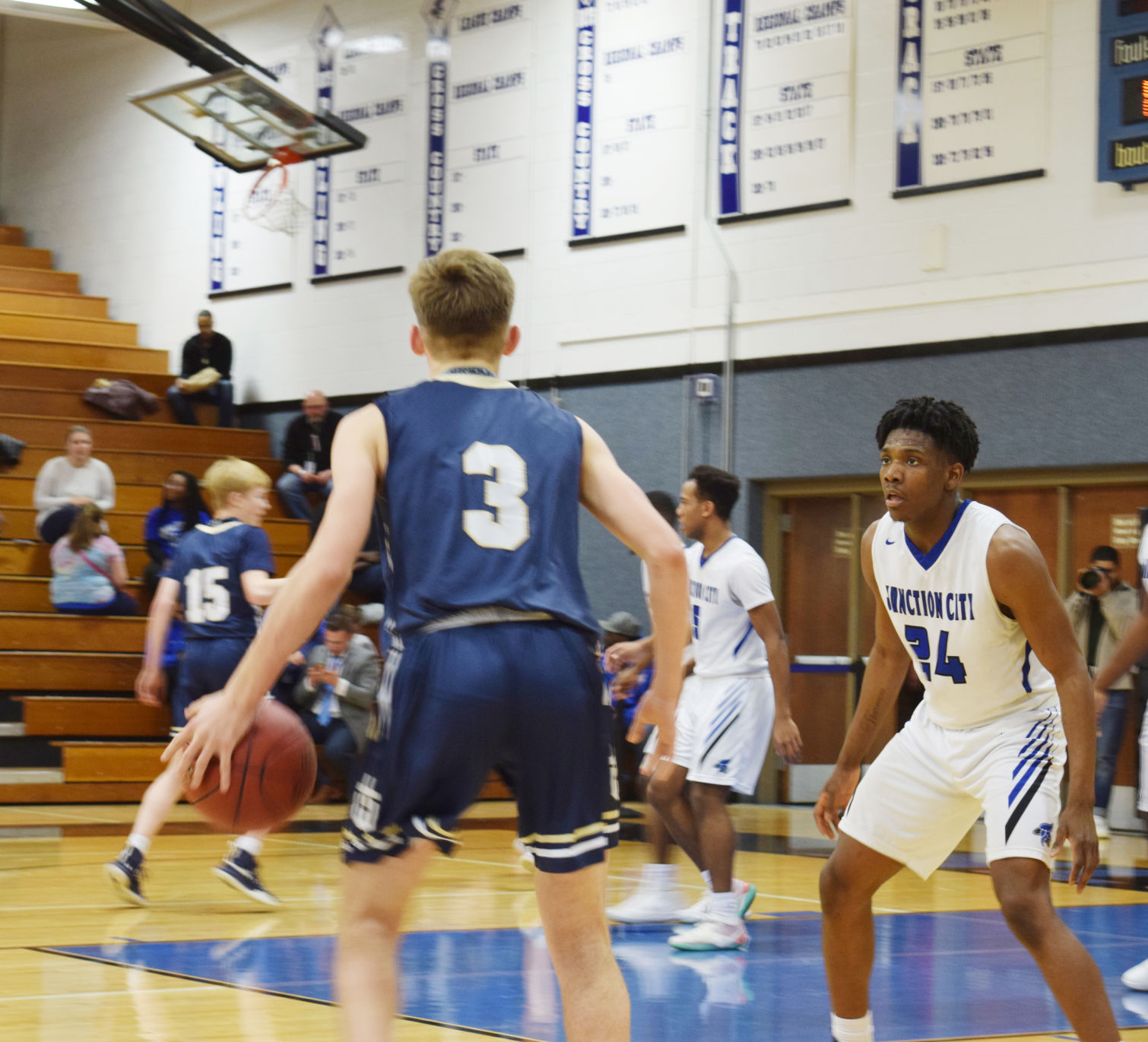 Blue Jays return home to edge Hayden by one point
