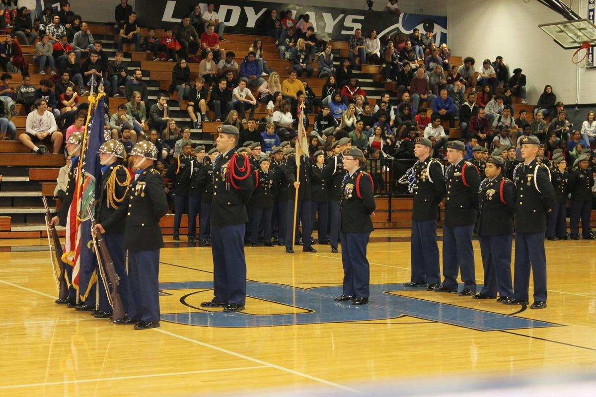 JCHS students, staff honor veterans