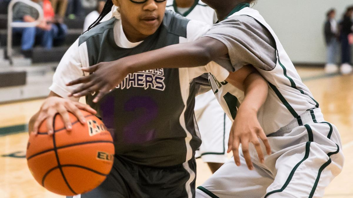 MIDDLE SCHOOL BASKETBALL: Cooks lead Manor 8A to win in 2nd round of tourney