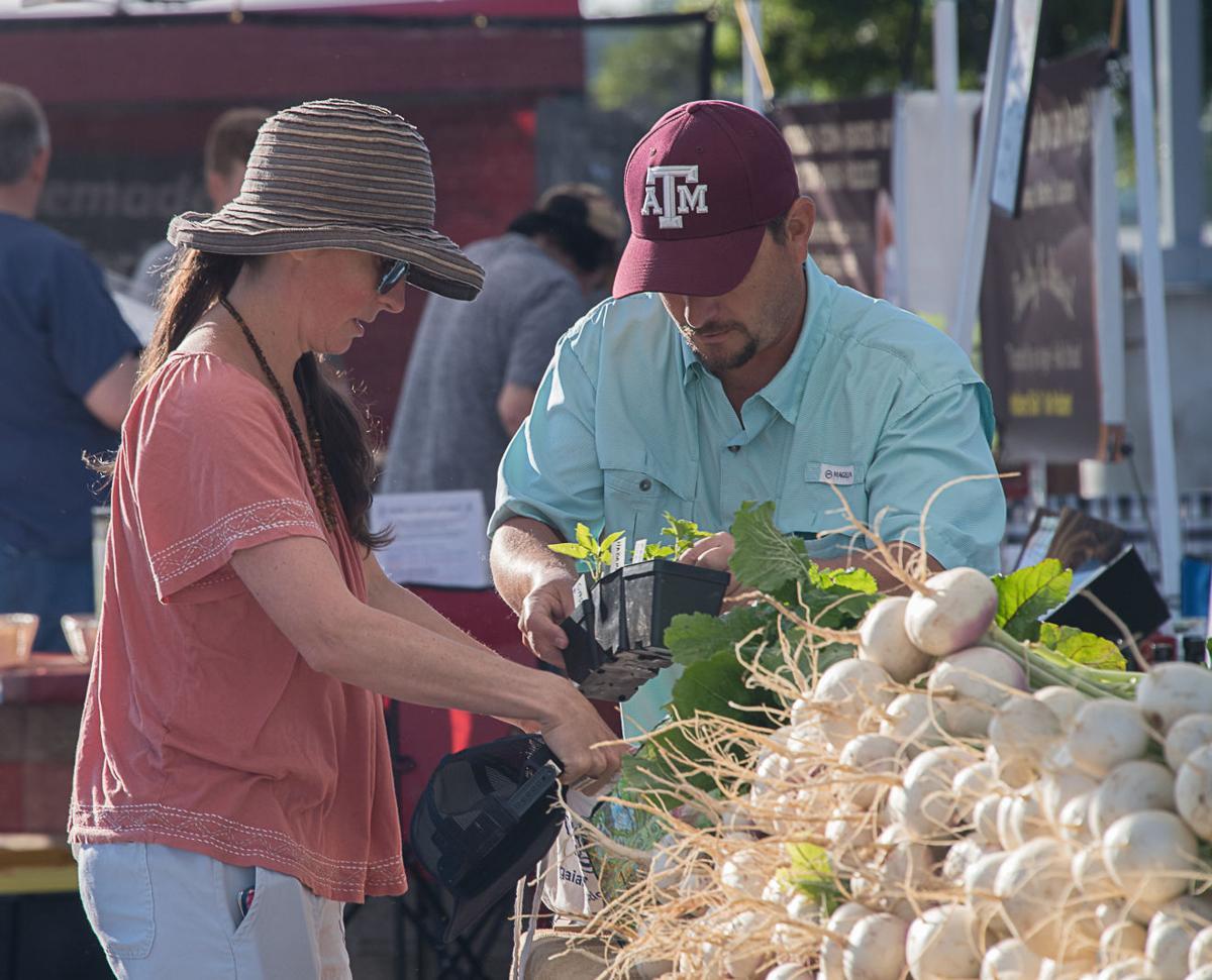 Farmers market opens for season in Harker Heights Harker