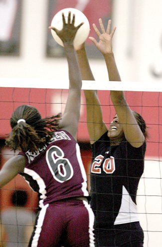 Volleyball: Lady Knights get first win over Lady Roos