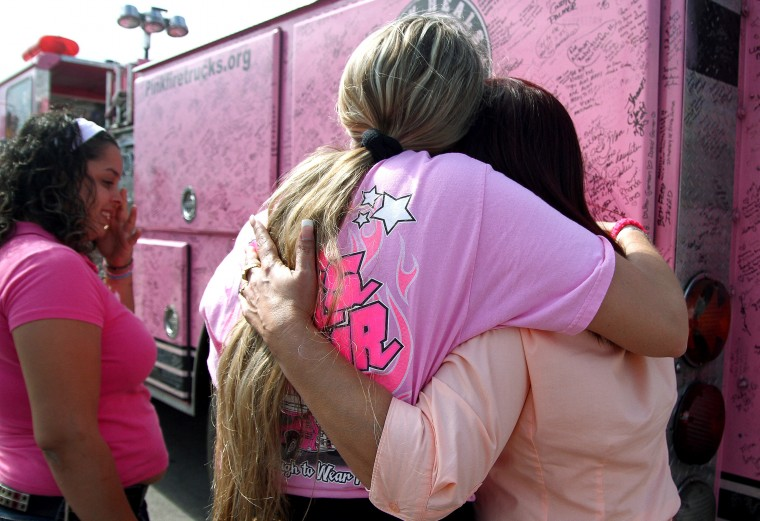 Pink Heals Tour stops at Fort Hood
