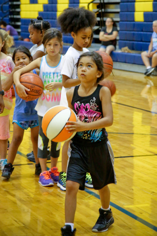 Lady Dawg Basketball Camp