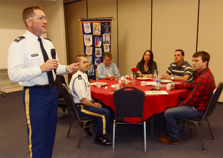 Cantlon speaks to Rotary Club