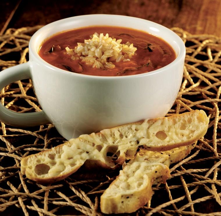 Basil rice and tomato soup
