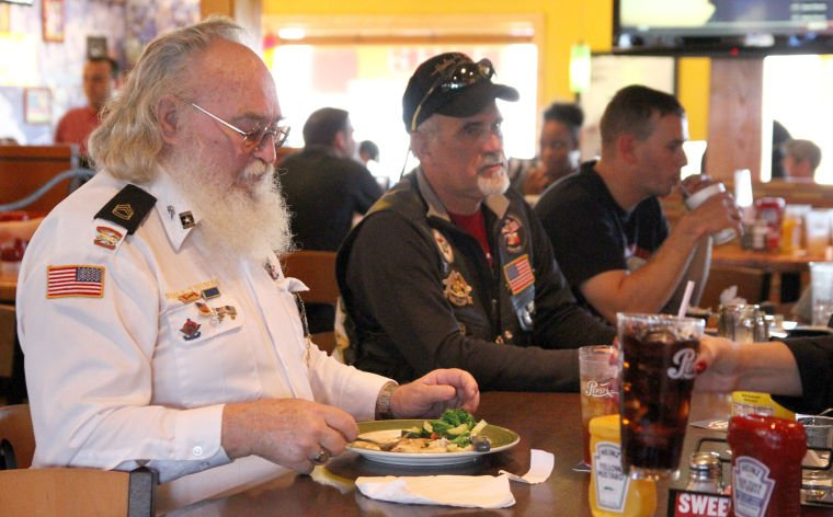 Applebee's Free Meal for Vets