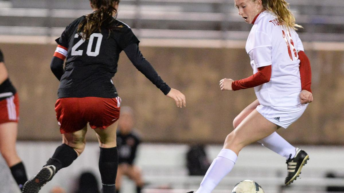 Lady Tigers remain atop 12-6A standings with 2-0 win at Heights
