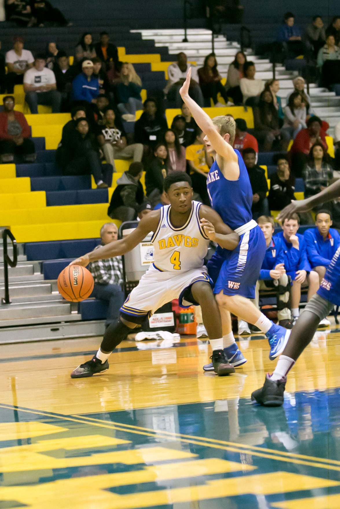 Cove Boys Withstand Early Salvo Top Westlake 69 60
