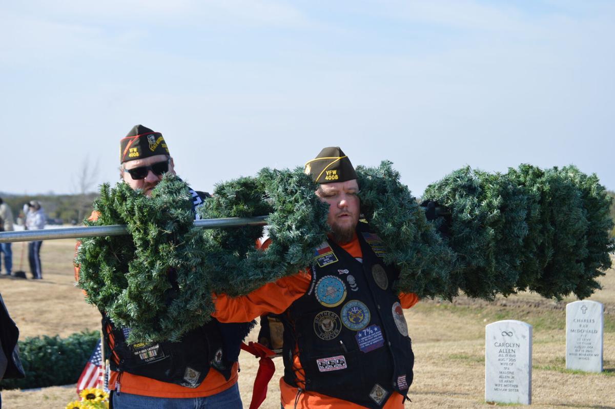 Wreath retrieval FHH 1.JPG