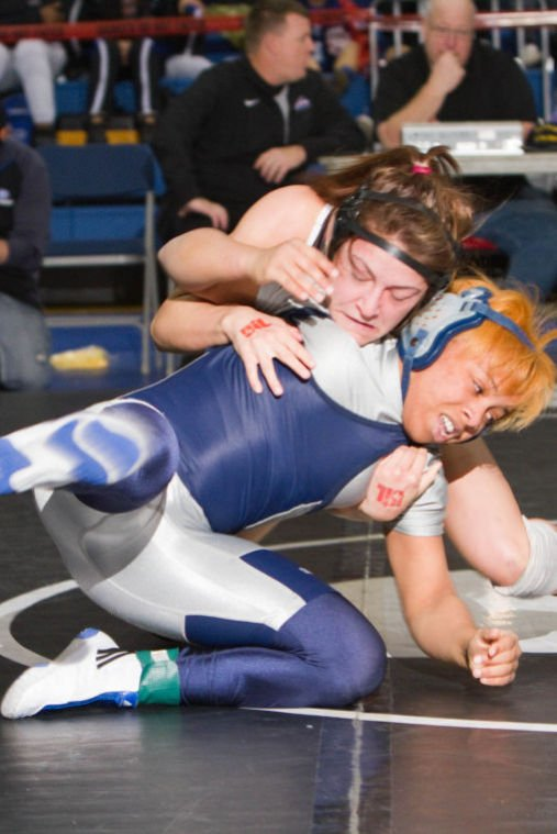 Jones wins silver at state