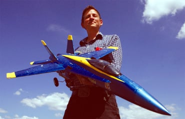 Nolanville man has been flying model planes since 1975