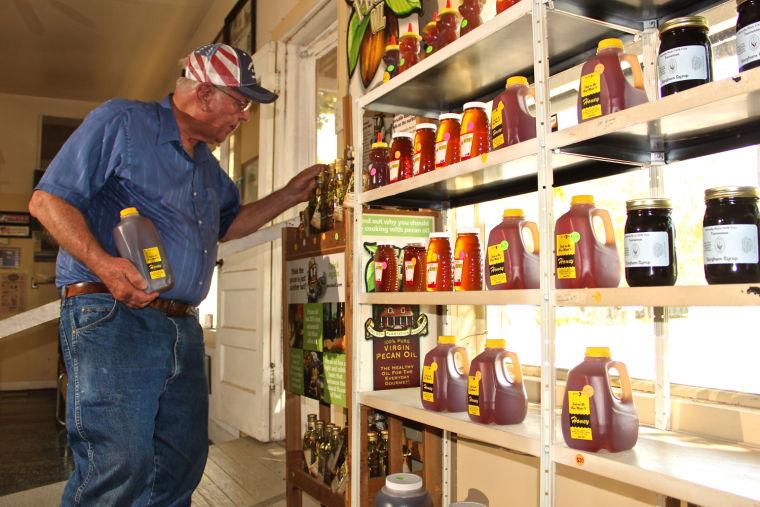 Winkler's Pecan and Honey Farm
