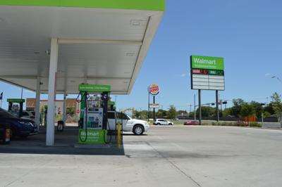 Walmart Gas Prices Near Me >> Gas Prices Continue To Sink Lower Across Texas Local News