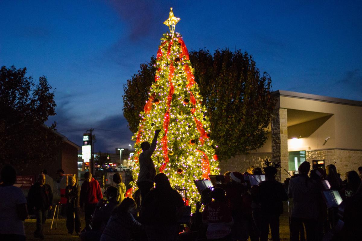 Harker Heights Tree Lighting 1.jpg