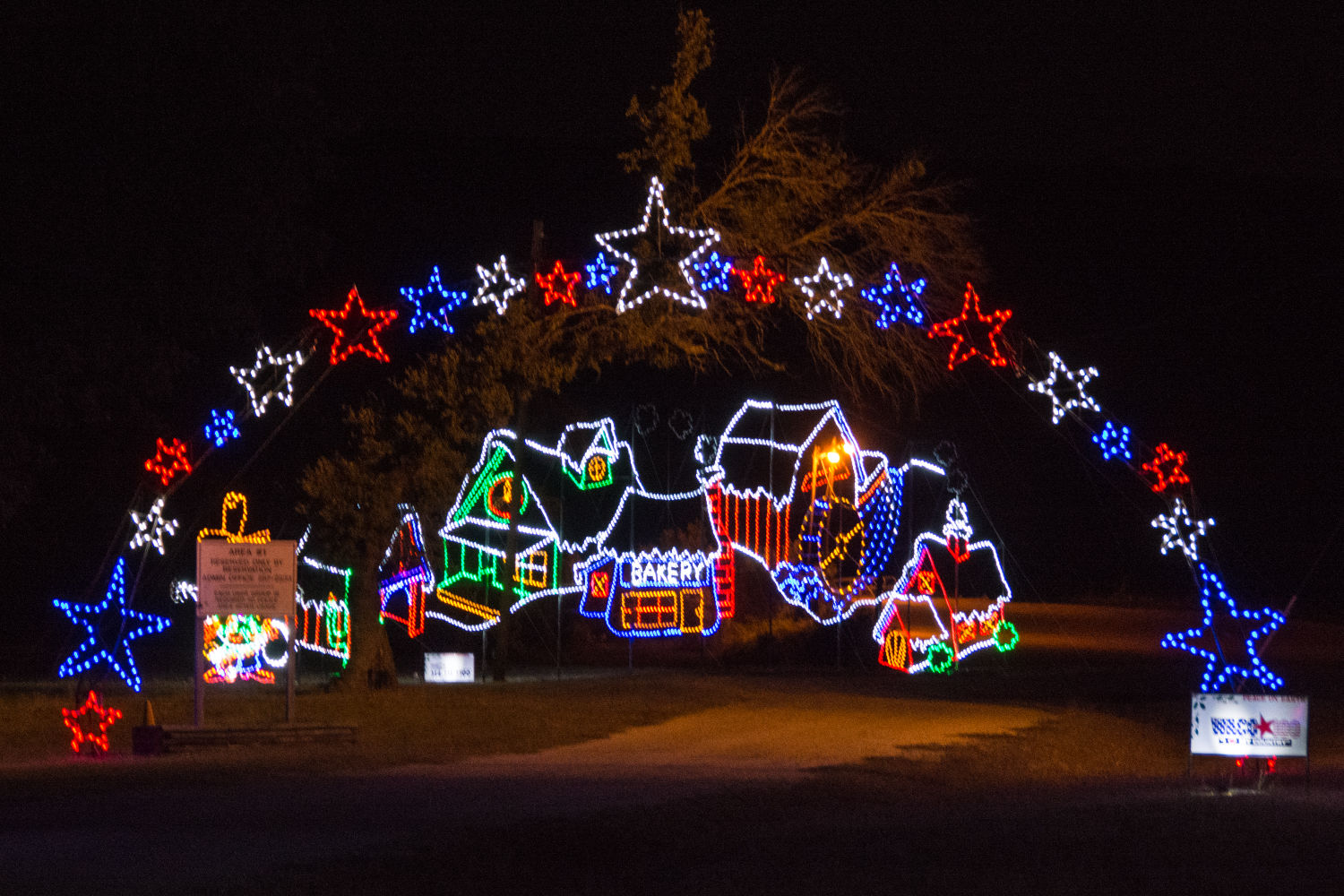 Exceptional Christmas Lights Will Be Twinkling Again At Fort Hood | Sports U0026 Leisure |  Kdhnews.com