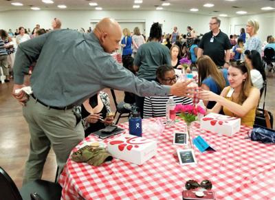Mentoring process gives new Cove teachers a steady start