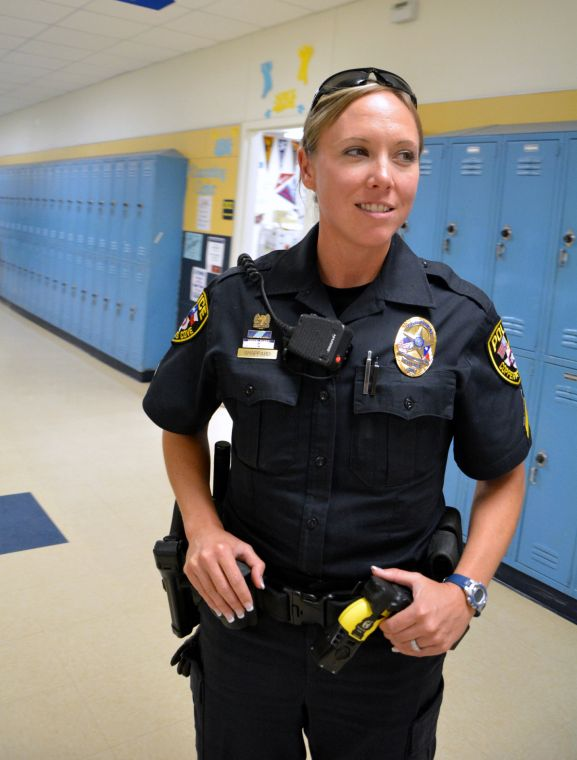 Cove female police officers help change stereotype