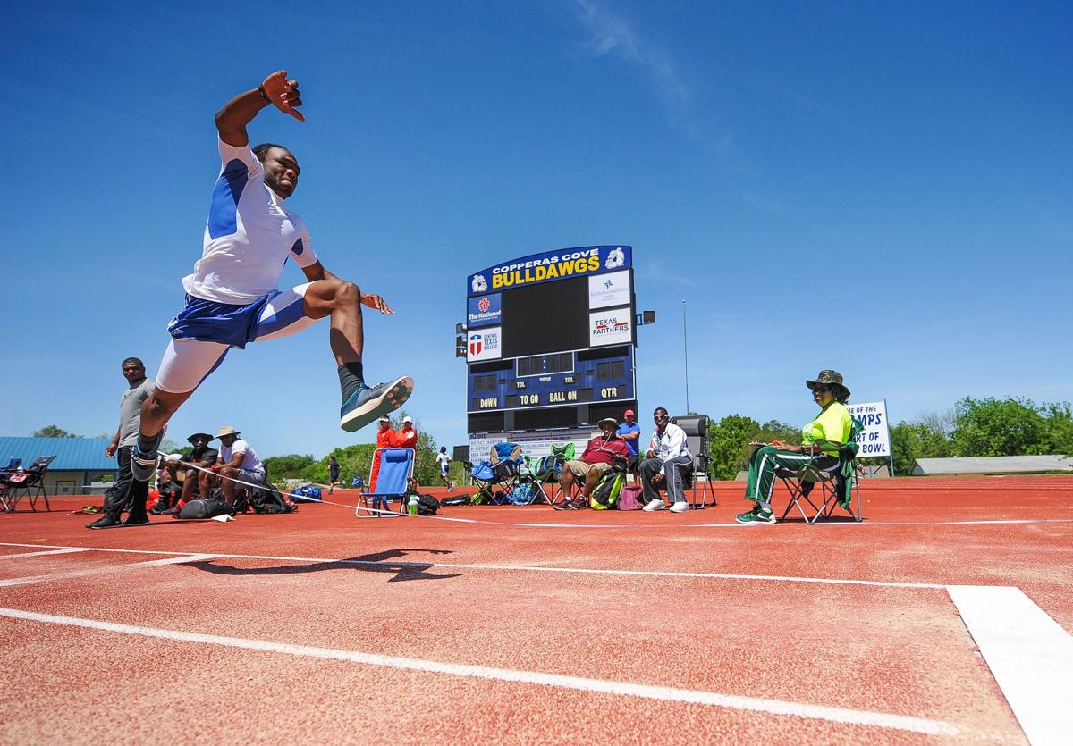 Dist 12-6A track-Donte Irving-Triple Jump