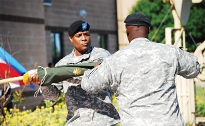 Final active duty signal brigade cases colors at Fort Hood