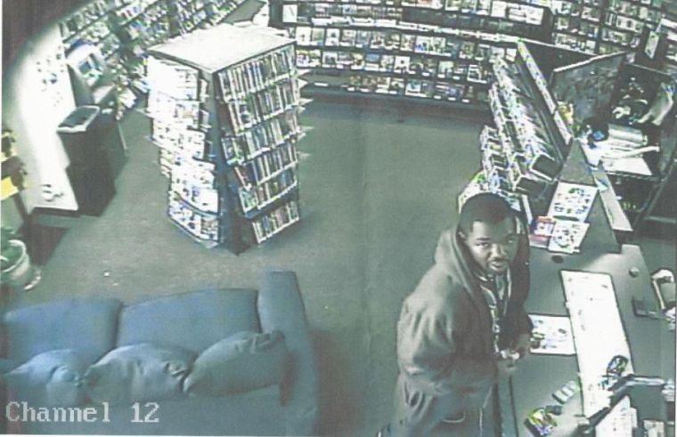 Killeen police seek info on burglary suspect