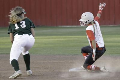 Ellison-Belton softball