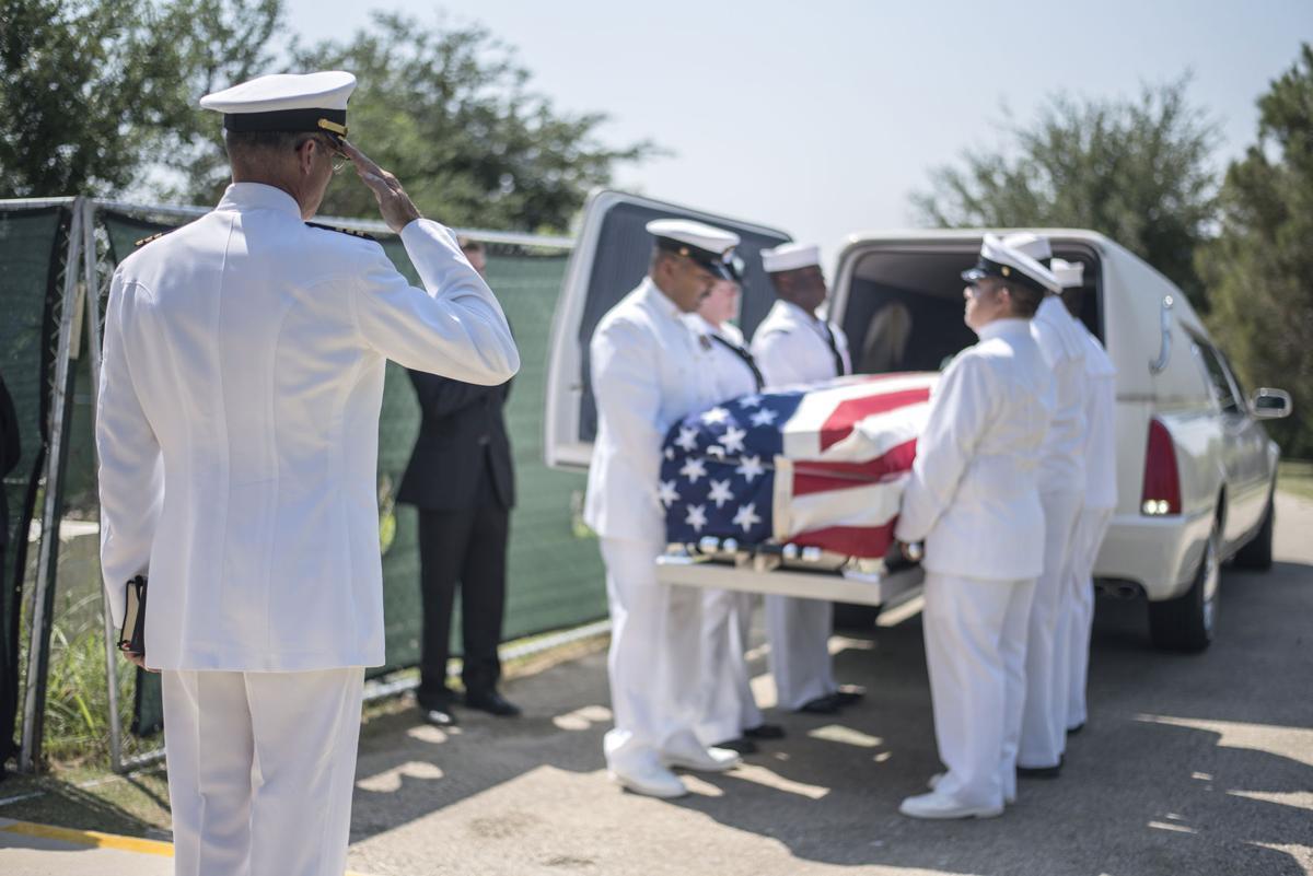 sailor funeral00.JPG