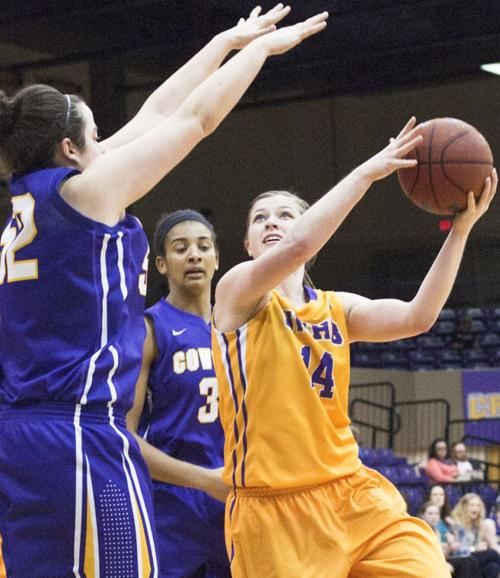UMHB women vs. Hardin-Simmons