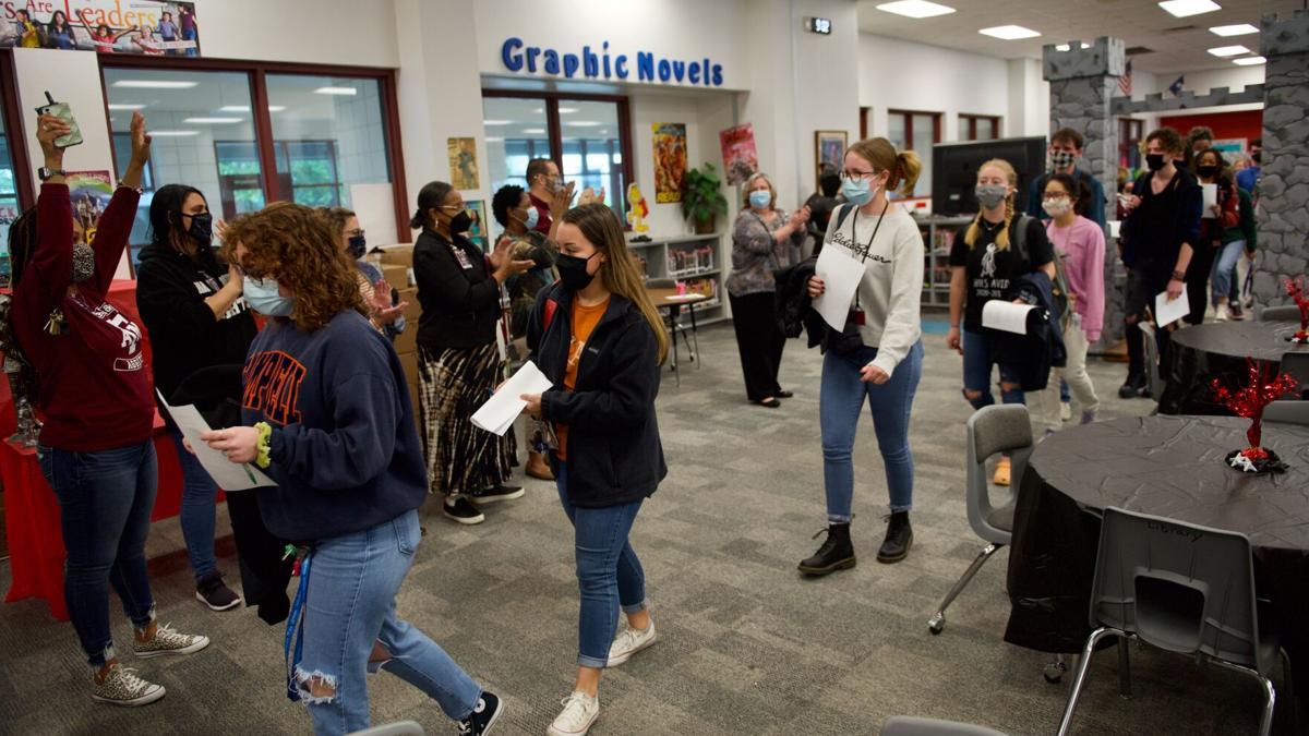 18 Heights students earn KISD Foundation scholarships