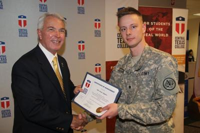 soldiers graduate central texas college microsoft training program