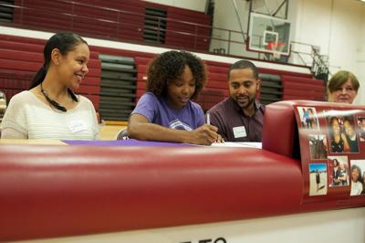 Lady Roos Guard Johnson Signs With Weber State Killeen
