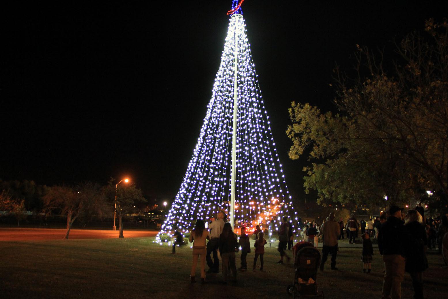 Killeen Harker Heights host tree lighting ceremonies & Killeen Harker Heights host tree lighting ceremonies | Local News ... azcodes.com