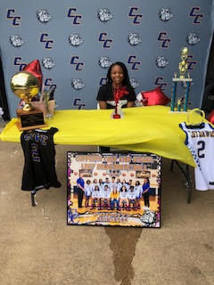 Livonna Wallace signing