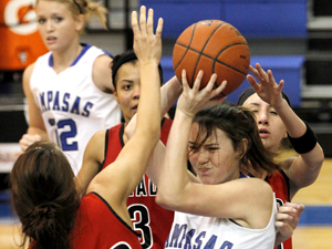Tuesday Roundup: Lady Badgers rout Salado in key 25-3A matchup