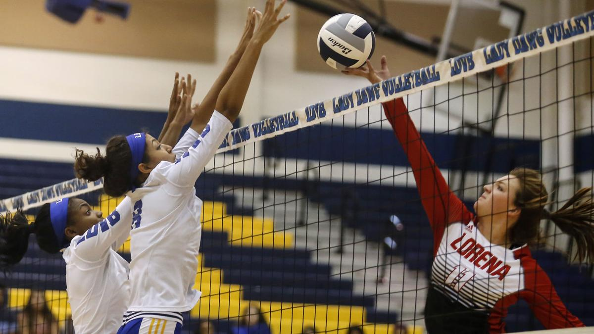 VOLLEYBALL: Lady Dawgs overcome slow start, beat Lorena in 4 to move to 11-1
