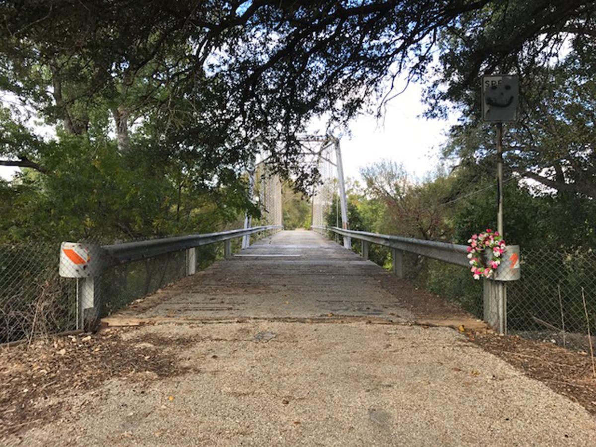 Maxdale Bridge and Cemetery