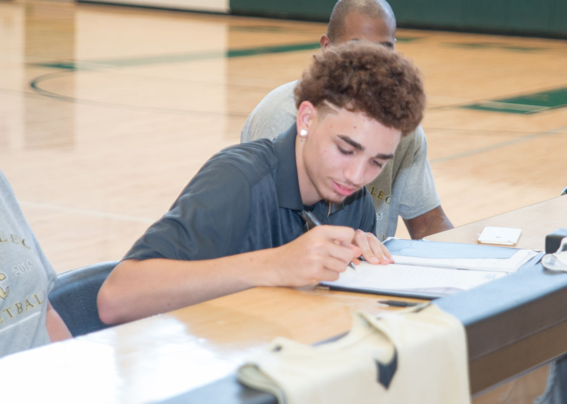 Malone Signing
