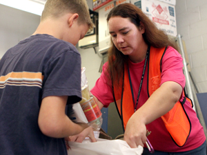 Summer program feeding kids on weekends