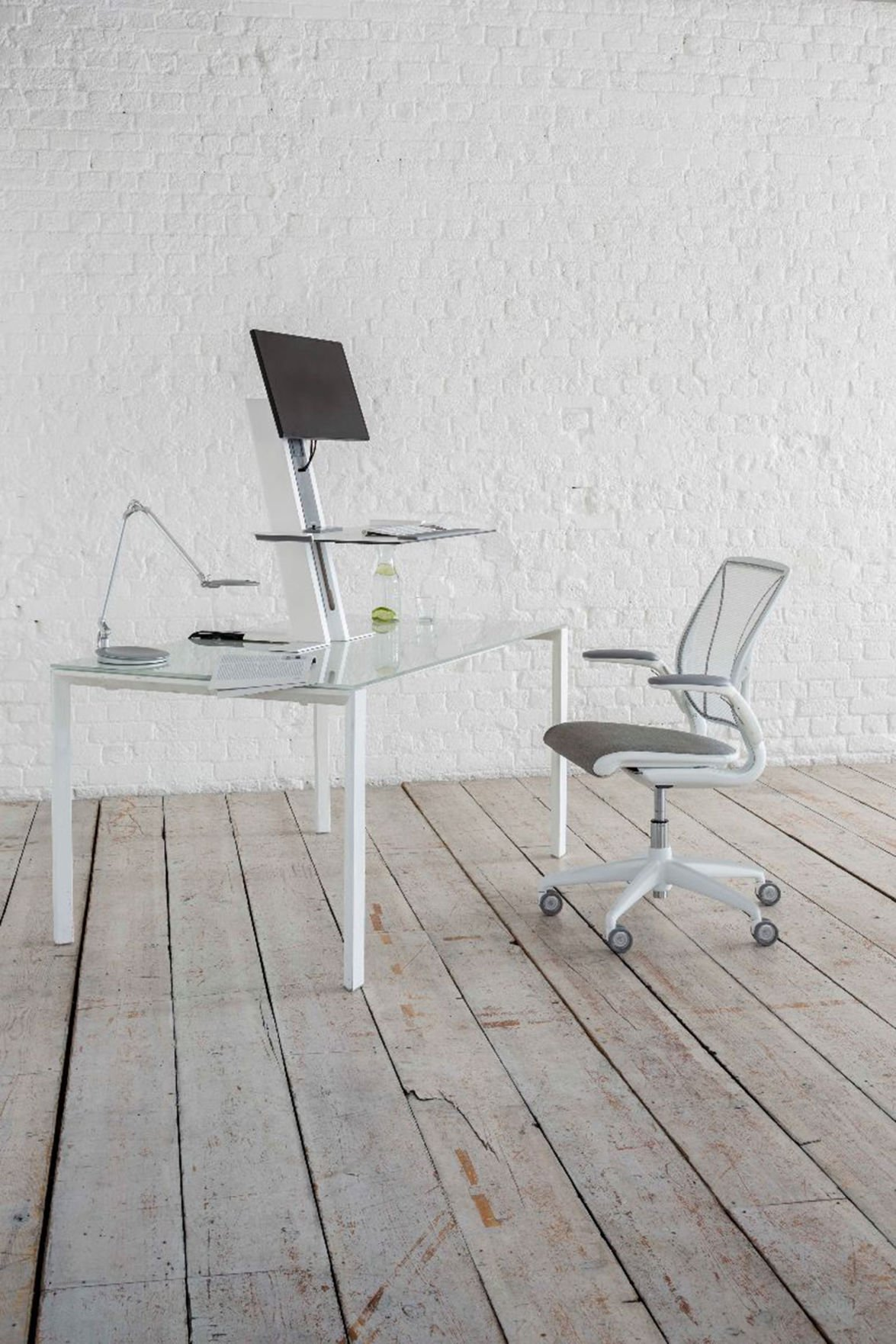 Which work desks chairs are best for health Health