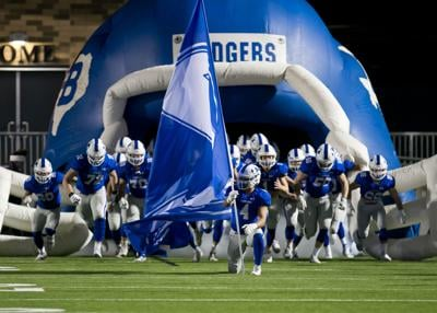 Lampasas vs. Gonzales Football Area Round Playoffs