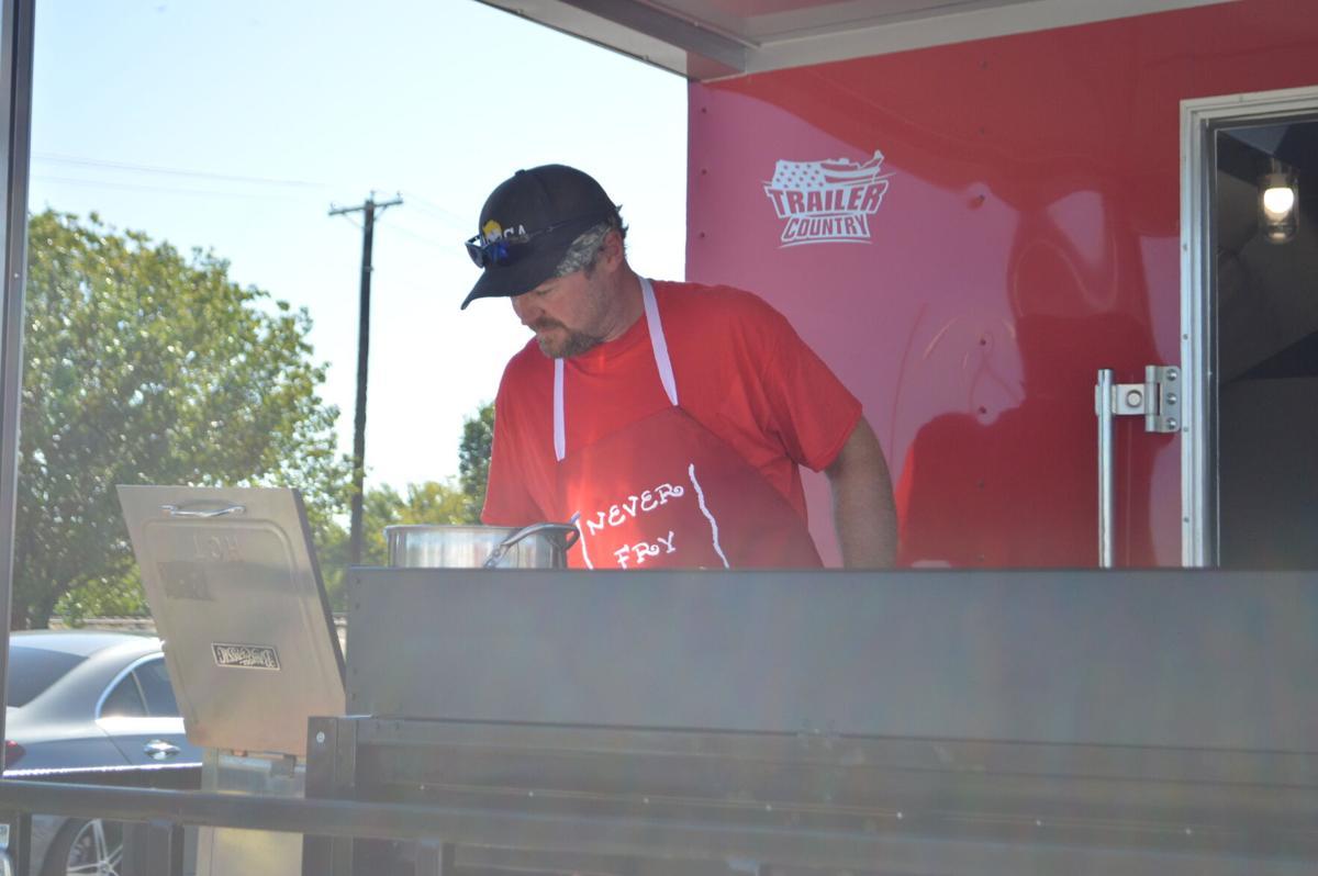 Food trucks 2.JPG
