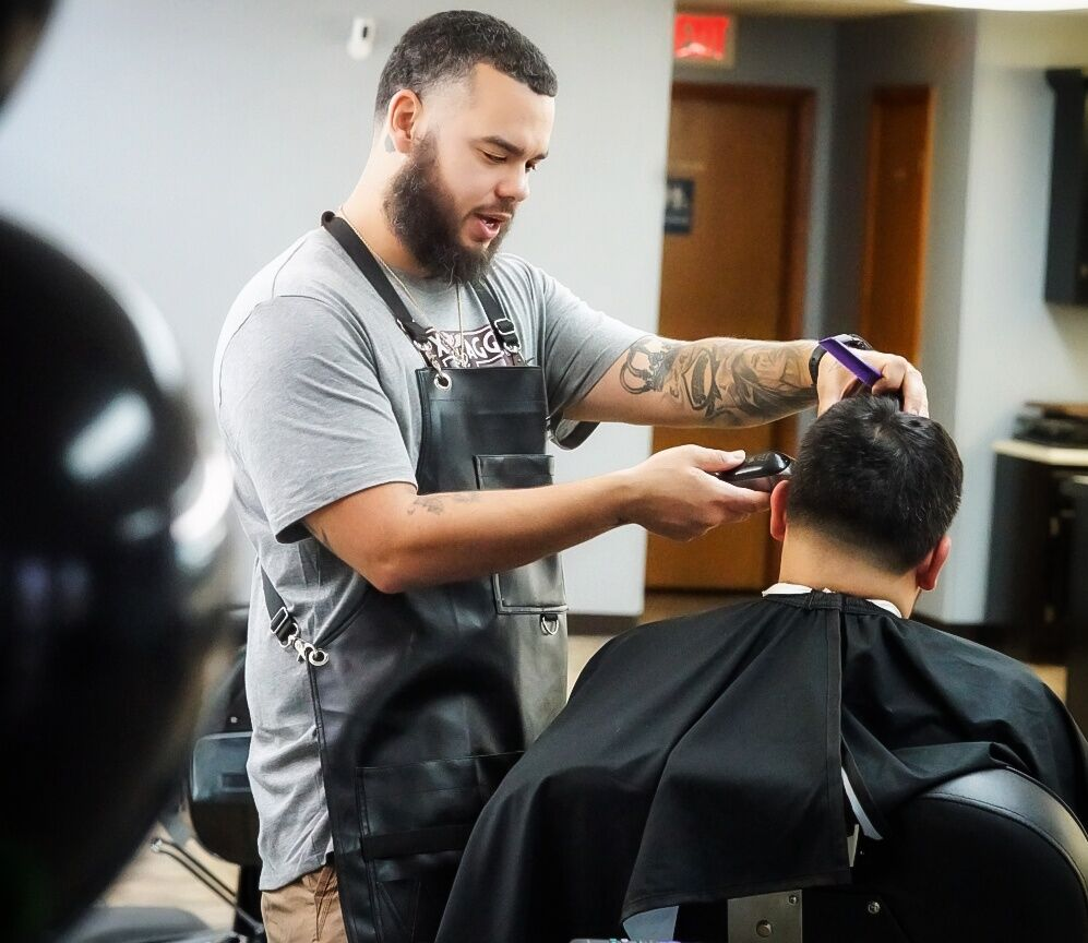 10-year barber opens barber shop in Cove | Local News | kdhnews.com
