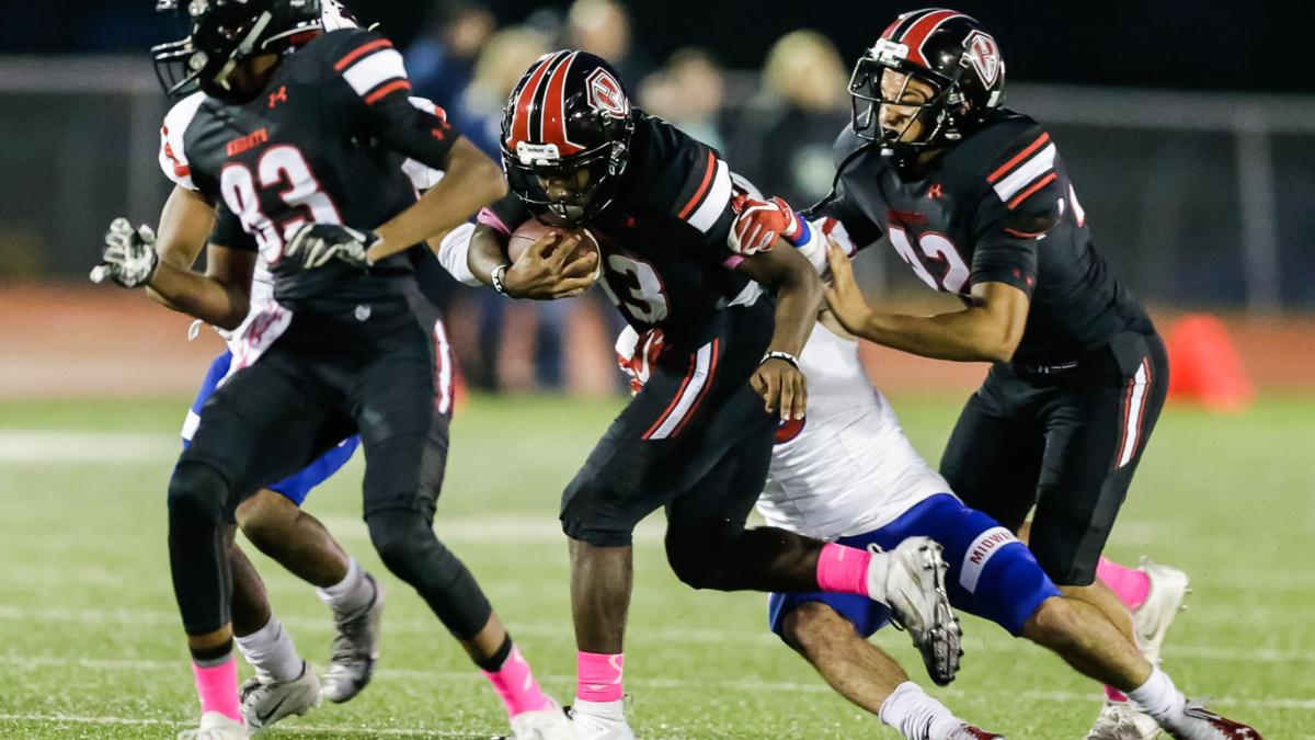 Waco Midway cruises past Harker Heights 55-13