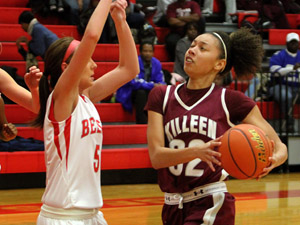 Lady Roos break out of doldrums in second half