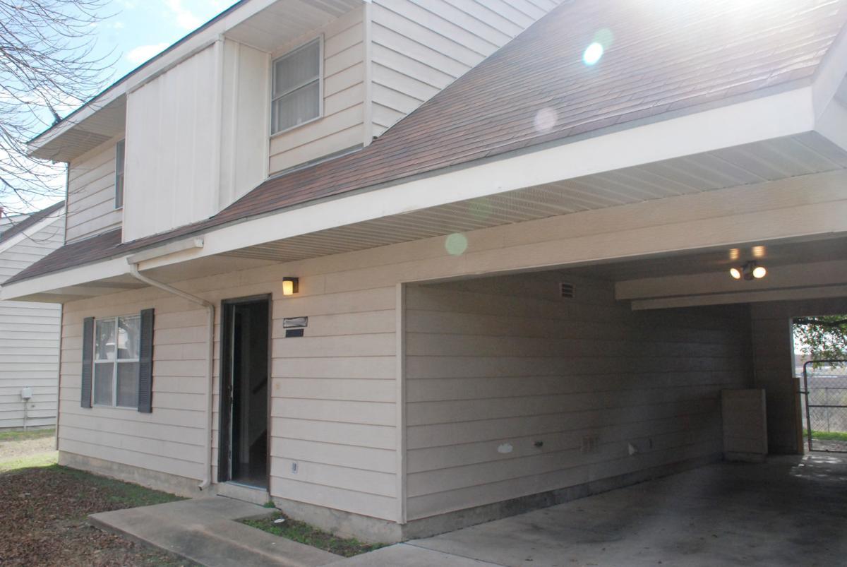 Post housing 1