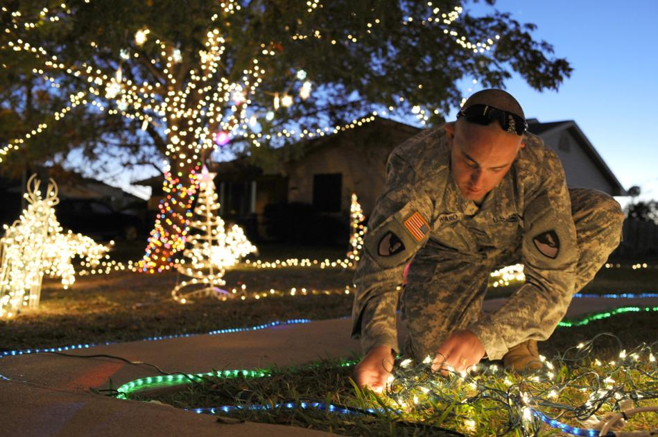 some families in killeen fort hood area go all out with lights inflatables for holidays military kdhnewscom