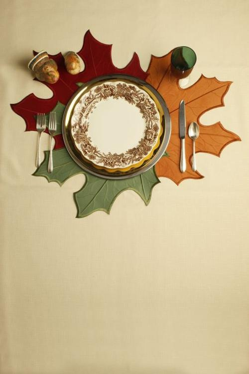 Experts serve up tips for keeping dinnerware