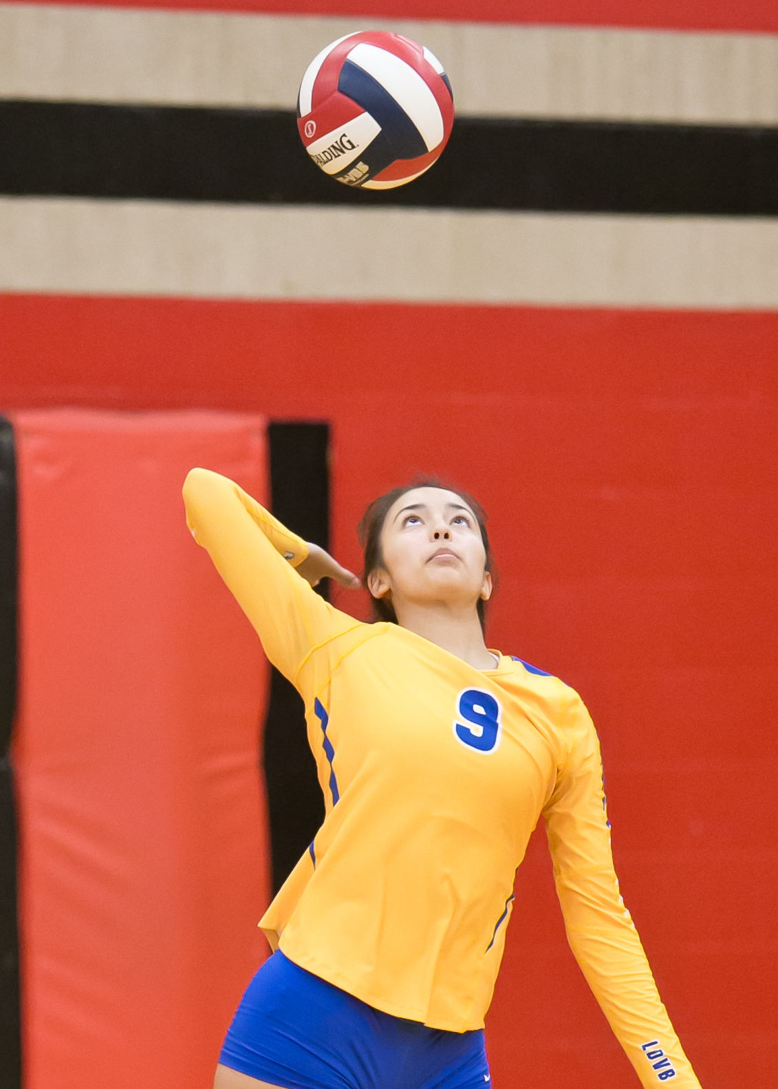 Copperas Cove vs. Bowie Volleyball-Austin ISD Invitational Tournament
