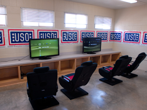 North Fort Hood welcomes USO