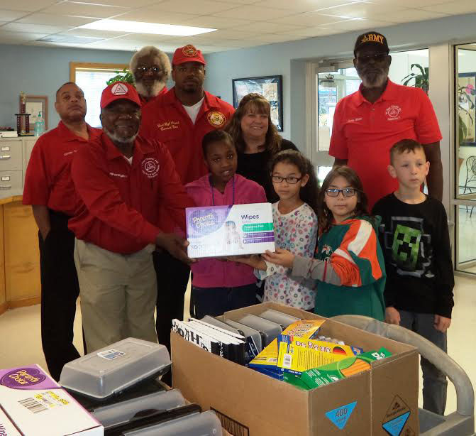 Cove Masons support students